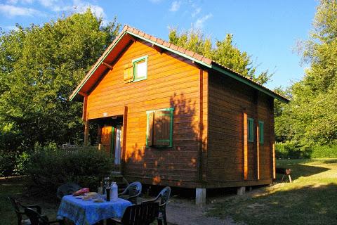 Camping De La Lande 2 étoiles à Nexon