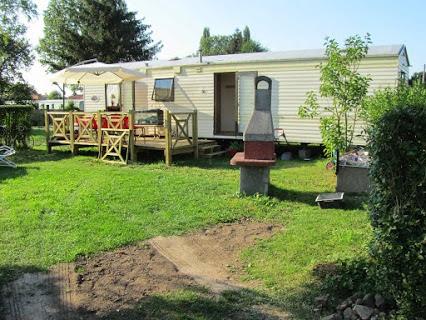Camping Le Clos Fleuri 2 étoiles à Faumont