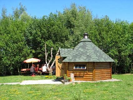 Camping Les Hirondelles 3 étoiles à Bourg-Sainte-Marie