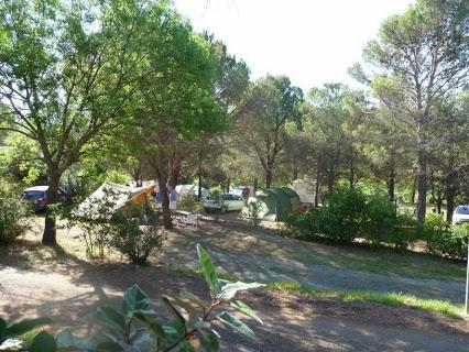 Camping Les Terrasses 3 étoiles à Saint-Chinian