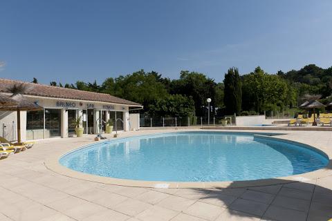 Camping Mas De Nicolas 4 étoiles à Saint-Rémy-De-Provence