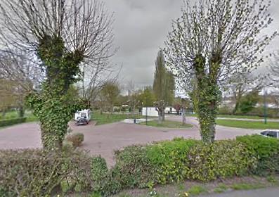 Camping Municipal De Courville Sur Eure 2 étoiles à Courville Sur Eure