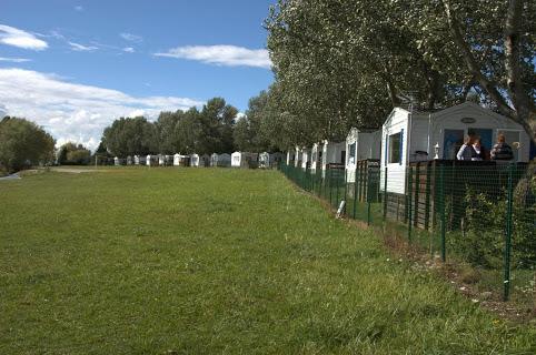 Camping Presqu'Ile De Champaubert 4 étoiles à Braucourt