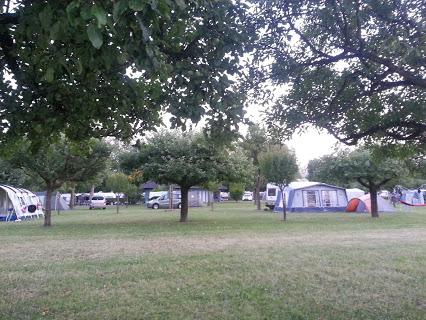 Camping Sas Ferme Des Tuileries 3 étoiles à Rhineau
