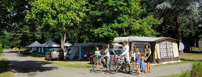 Camping Village L'Apamée 3 étoiles à Pamiers