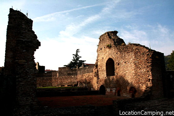 Palais du miroir saint romain en gal monument historique saint romain en gal 69560 - Office tourisme eyguieres ...