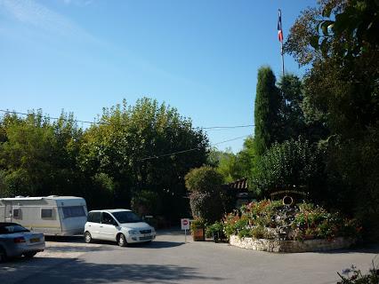 Camping Arc-En-Ciel 4 étoiles à Aix-En-Provence