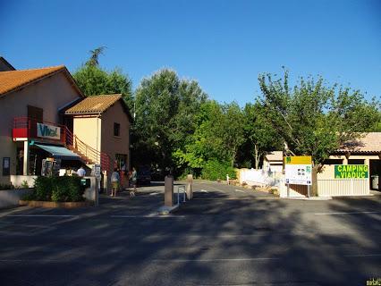 Camping Du Viaduc 4 étoiles à Millau