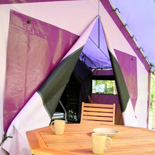 Camping Flower Des Gorges De L'Aveyron 3 étoiles à Saint-Antonin-Noble-Val