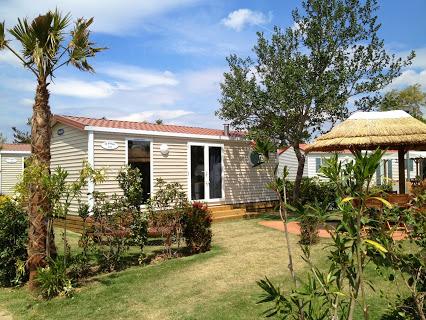 Office de tourisme les ilhes 11380 camping et vacances - Camping municipal port la nouvelle ...