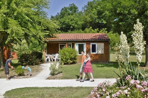 Camping Sarl  La Bouysse 3 étoiles à Vitrac